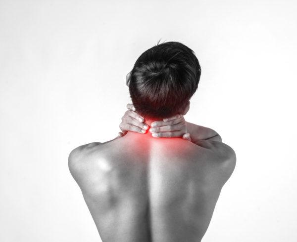 Cura della cervicalgia, dolore cervicale, male al collo, con l'osteopatia. trattamenti osteopatici cervicale