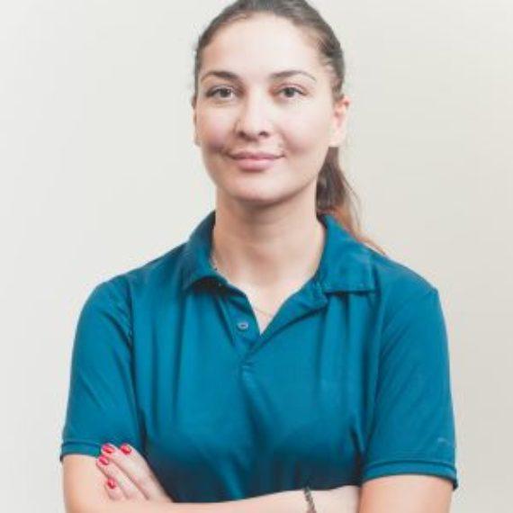 Dottoressa Anna Zakaraya Odontoiatra