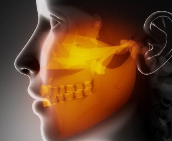 Osteopatia e Odontoiatria per affrontare problematiche posturali, cervicalgia, sindrome temporo mandibolare