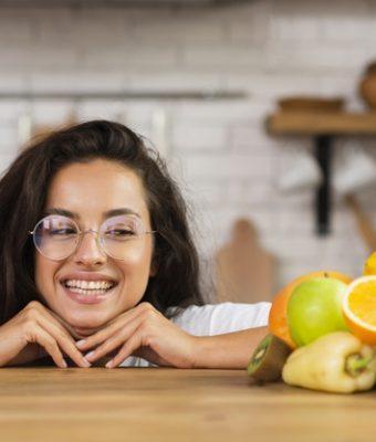 Gli alimenti che fanno bene ai denti